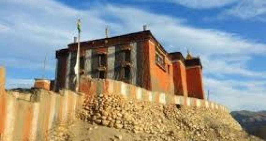 Manaslu-Tsum Valley-Ganesh Himal-Annapurna Trek